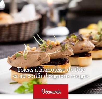 Recette de toast avec de la mousse de foie et du confit d'oignons rouges